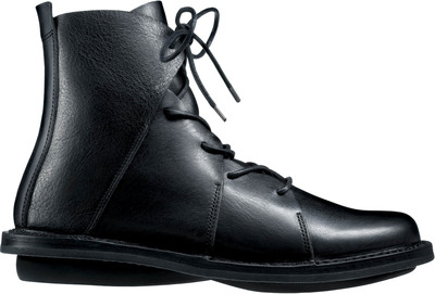 Trippen unisex lace-up boot in black