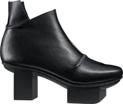 Trippen Ankle Boot with high heel on happy sole