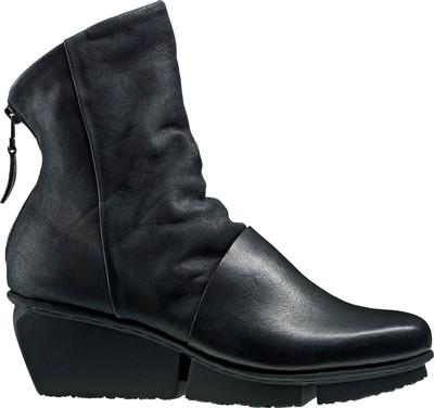 Trippen ankle boot with mixed leathers in black.