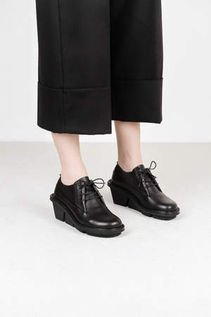 Trippen stone f waw blk leather shoes