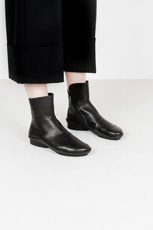 Trippen level f waw blk leather boots