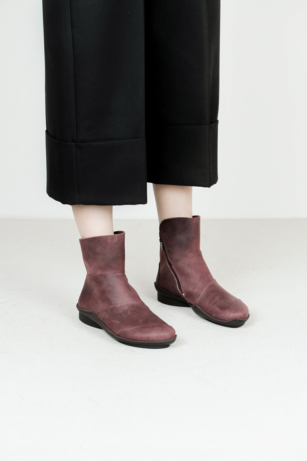 Trippen level f pull wine leather boots
