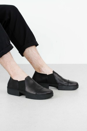 Trippen lazy black waw so blk leathershoe2