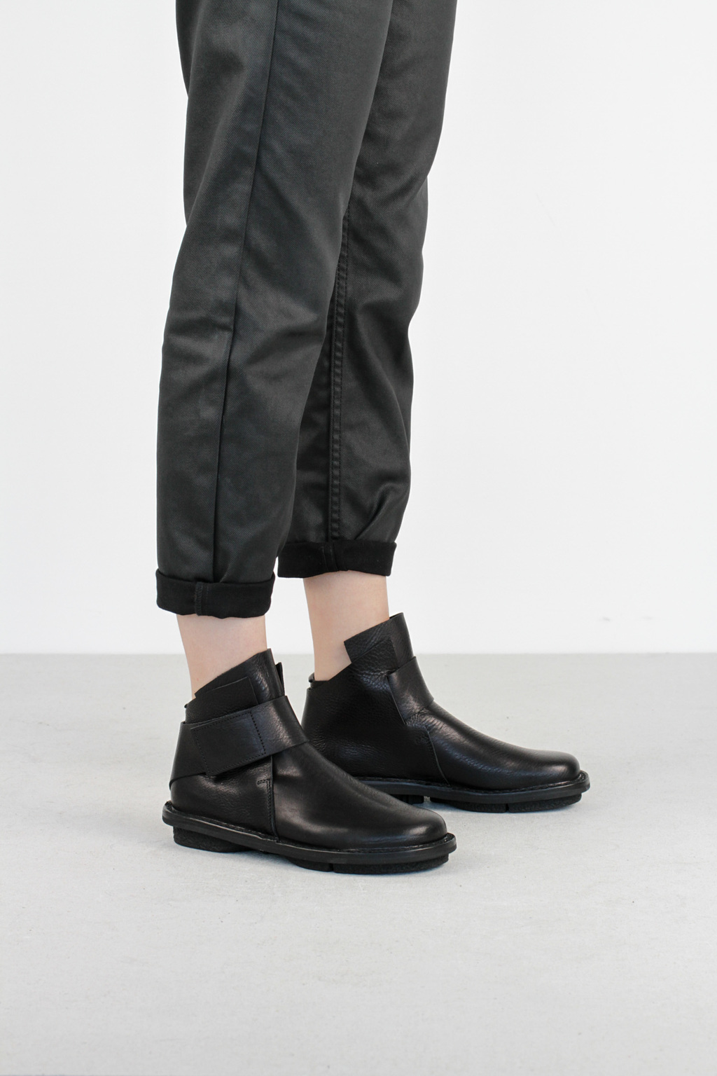 Trippen base f black waw leaher boots